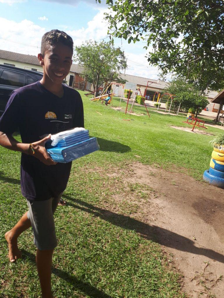 leo clube jundiai doacao de material escolar em 07-03-2018 foto (6)