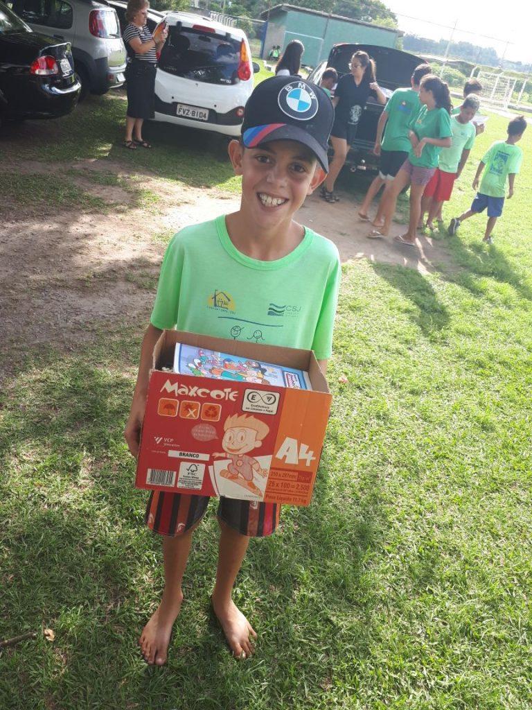 leo clube jundiai doacao de material escolar em 07-03-2018 foto (8)