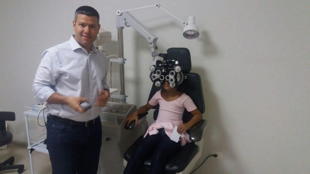 lc cerquilho promove exames de acuidade visual foto6